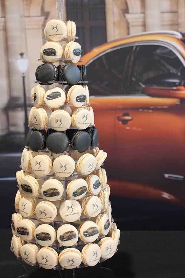 pyramide de macarons pour événement d'entreprise